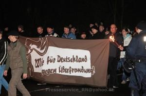 2014.12.06 Wittstock Fackelmarsch gegen Asylsuchende (60)