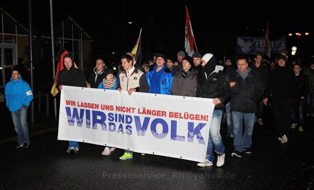Das Fronttransparent der Demo. Foto: Presseservice Rathenow