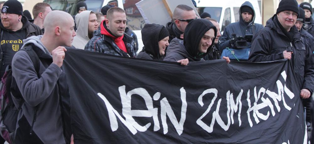 """Frankfurt/Oder am 17.1.2015: Transparent """"Nein zum Heim"""""""