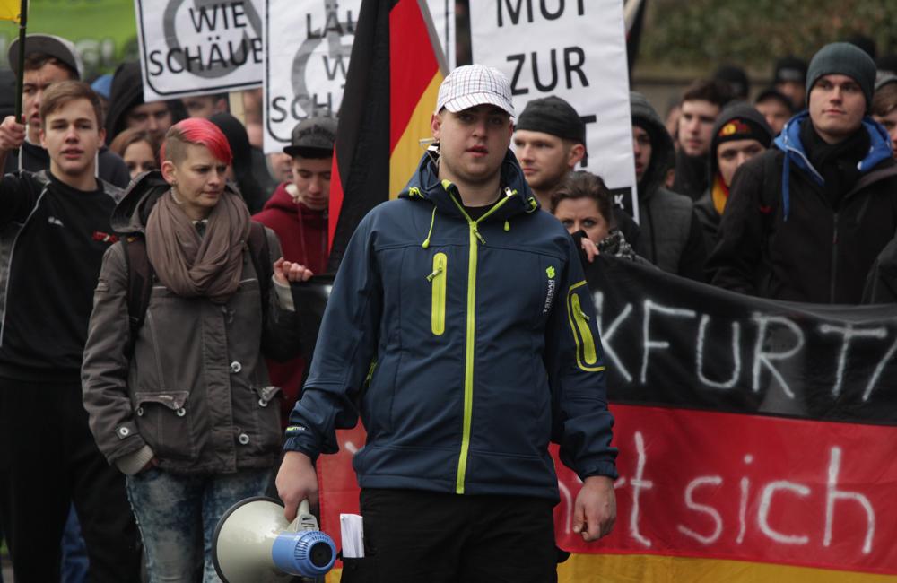 Frankfurt/Oder am 17.1.201: Redner der Nazidemo