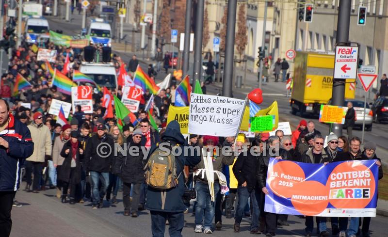 Große Bündnisdemonstration von Cottbus Nazifrei und Cottbus bekennt Farbe