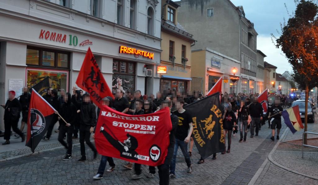 Spontandemonstration durch die Innenstadt.