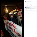 "Anika Keller am 5. Oktober 2015 mit ""PI-News""-Transparent bei ""Bärgida"""