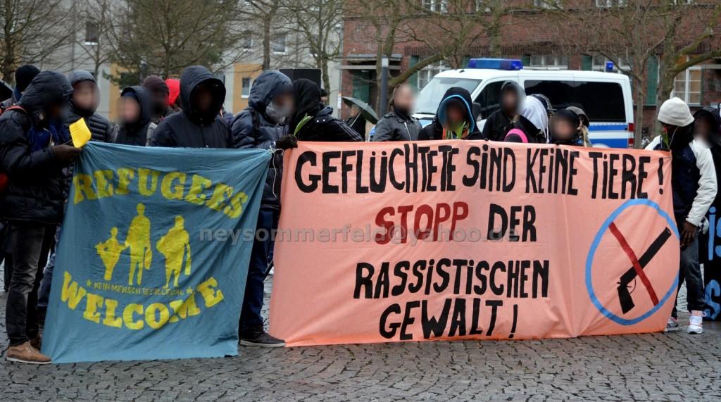 Kundgebung auf dem Postplatz. Bild: Ney Sommerfeld.