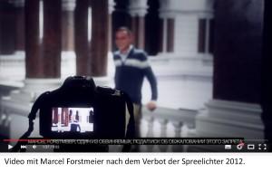 """Standbild mit Kamera aus einem """"Spreelichter""""-Video mit Marcel Forstmeier nach dem Verbot 2012"""