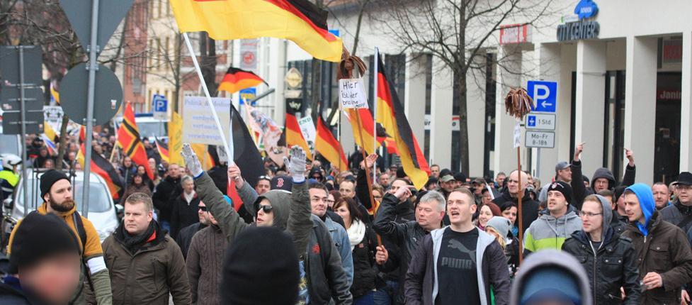 """Das """"Bürgerbündnis Deutschland"""" mobilisiert bürgerliche Flüchtlingsfeinde und Neonazis gleichermaßen. Wie sind seine Organisatoren einzuschätzen?"""