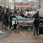 Neonazistischer Aufmarsch am 17. Januar 2016 in Genthin - am Transparent rechts Patrick Danz